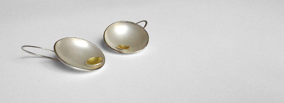 Ohrhänger – Halbschalen mit Gold