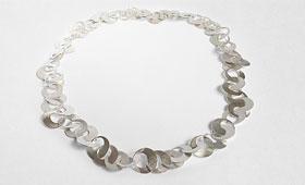 Kette – Große Silberplättchen