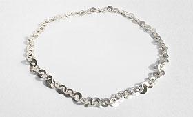 Kette – Kleine Silberplättchen