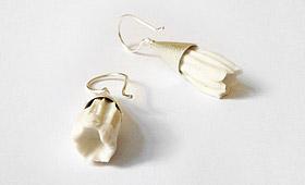 Ohrhänger – Tüte mit Porzellanblüte