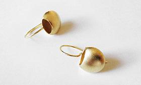 Ohrhänger – Näpfe vergoldet